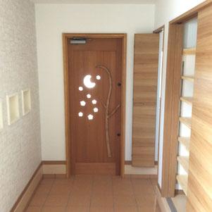 木製 玄関ドア 月 星