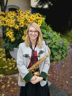 Viktoria Juen, Saxophon