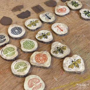 médaillon linogravure collection macramé bijoux pendentif bois nature
