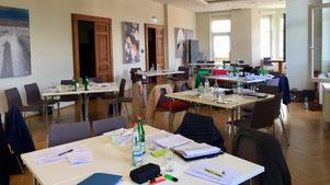 Fortbildungen und Weiterbildungen für soziale Einrichtungen, Behörden und Einrichtungen