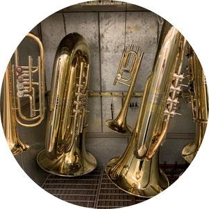 Im Musikhaus Schmid in Neubrunn bei Würzburg erhalten Sie einen schnellen, zuverlässigen und kostengünstigen Reparaturservice.