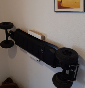 Wandhalterung Wandmontage Longboard EVOLVE Eboard diagonal horizontal vertikal Halterung wall mount