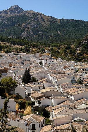 Photographie, Espagne, Andalousie, villages blancs, Grazalema, Sierra de Grazalema, architecture, parc naturel, blanc, bleu, matière, couleurs, voyages, vacances, Mathieu Guillochon.
