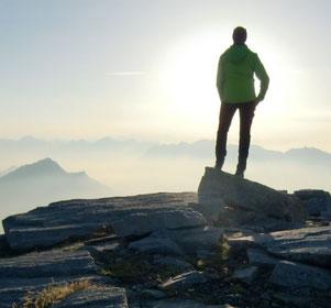 Resiliente Führungskräfte haben Übersicht und innere Gelassenheit für wichtige Entscheidungen
