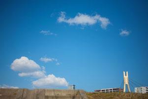 日本 北海道 札幌 柔らかな青空の日