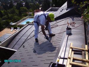 Dachanstriche verlängern die Lebensdauer, Dachbeschichtung, hochwertig, Neueindeckung, Eternitdach, Asbestfasern, Dach sanieren, reparieren, Neudach sparen,