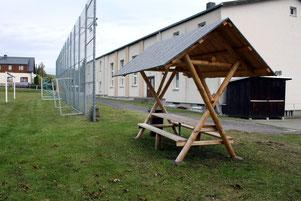 Bild: Wünschendorf Sitzgruppe Sportplatz 2020