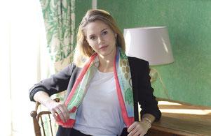 fanfaron, foulard en soie, étole en soie, twill de soie, foulard made in france, etole en laine et soie, roses et raisins
