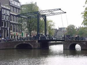 Brücke 222 in Amsterdam
