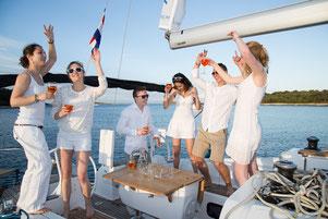 Junggesellenabschied auf der Yacht