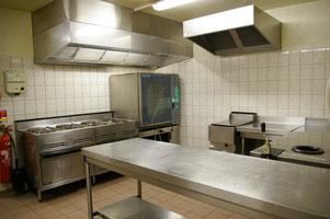 Cuisine  (avec grande salle)