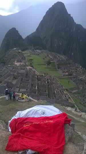 Equilibero sul Macchu Picchu Perù Settembre 2014