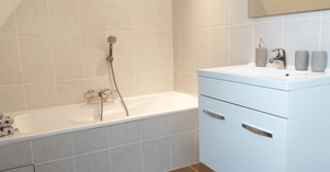 Salle de bain étage gîte mamélie