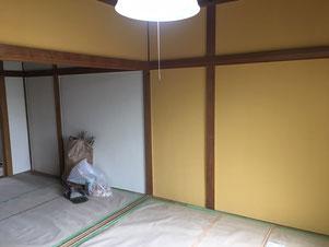 10畳部屋壁2色分けペイントです