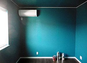 6畳洋室クロス天井・壁ペイントです