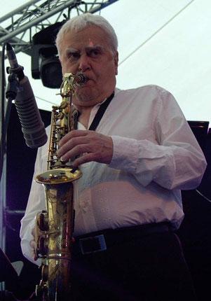 ジャズアルトサックスの名手、チャーリー・マリアーノ