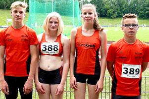 Vier Athleten der LG Wittgenstein bei den Westfälischen U16 Jugendmeisterschaften in Recklinghausen: Till Marburger, Milena Schmidt, Franziska Zumrode und Kilian Seidel.