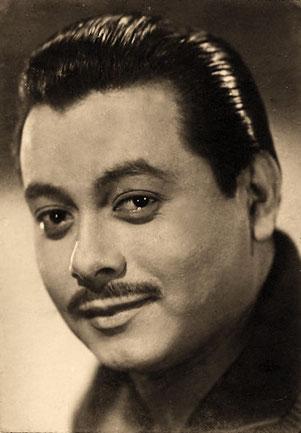 "Genaro Salinas, ""La Voz de Oro de México"""