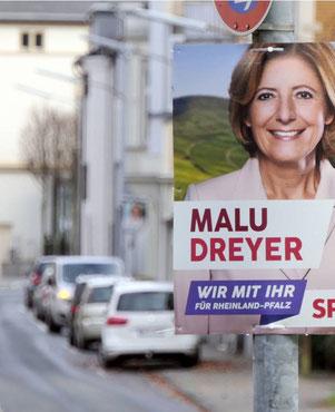 Hängen schon: Wahlkampfplakate in Sinzig. (Foto: Gausmann)