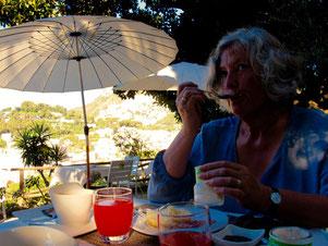 frühmorgens ganz allein mitten in Capri