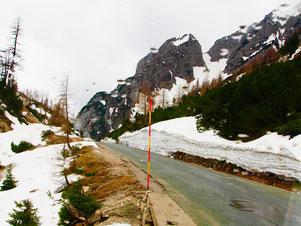 auf der Vrsic-Passhöhe lag der Schnee noch meterhoch