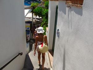 der schmale Durchgang zum Restaurant Ciro