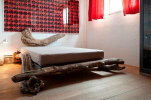 Treibholz Möbel Bett