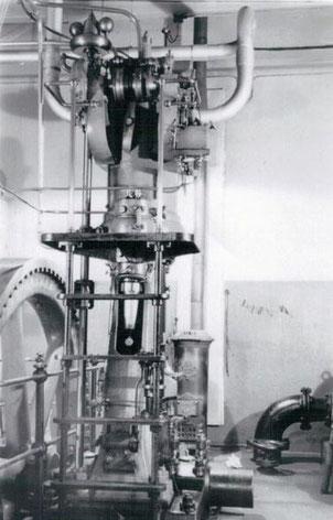 Der erste schwedische Dieselmotor, aufgenommen um 1940.