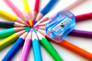 いろんな色の色鉛筆