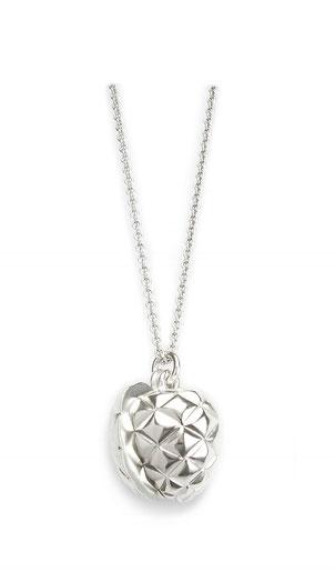 Silberkette mit Amulett Pinienzapfen