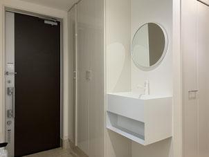 玄関に洗面台を増設