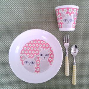 Geschirr mit musterkitz-Design