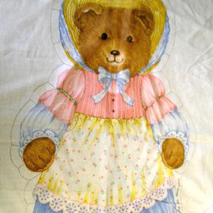 Stoffstück mit aufgedrucktem Teddybär