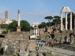 Auf dem Forum Romanum mit der 8BD im Mai 2014