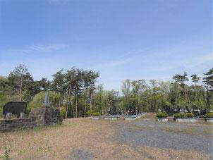 花泉 大森集落 自分たちで山を切り拓いて整地した霊園。