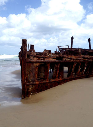fraser-island-maheno-shipwreck