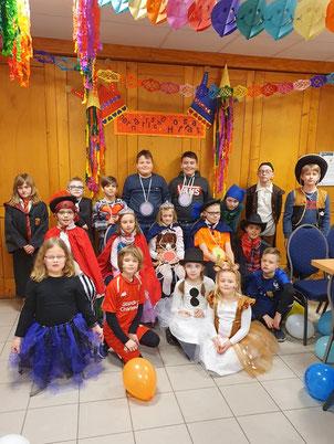 Alle Teilnehmer der Zwergengruppe am Rosenmontag in unserem Schützenheim