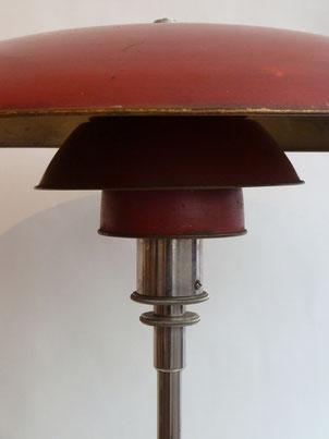 Detail. Poulsen Tischleuchte PH 3/4. Entwurf Poul Henningsen, um 1926; Messing, vernickelt.  Frühe Ausführung der 20er Jahre.