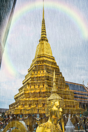 Bangkok Wat Phra Kheo (leichter Regenschauer) Programm: Nature Effects Rainbow and Shower
