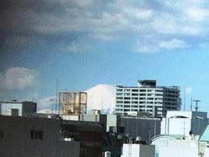 富士山がくっきり綺麗