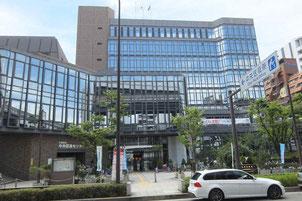 九太郎町にある中央区役所