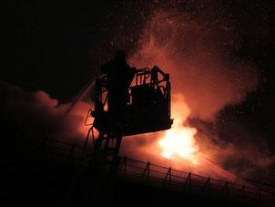 Feuerschäden durch Brandstiftung - Foto Pixabay