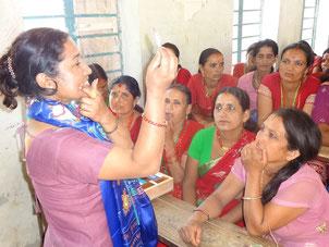 Aufklärung ungewollte Schwangerschaft Geburtenkontrolle Nepal Hilfe Weltbevölkerung Bevölkerungsexplosion Bevölkerungswachstum