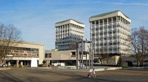 Die beiden Rathaustürme von Marl - architektonisches Symbol der 1960er Jahre. Foto: C. Schumann, 2015/16