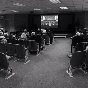 Телетрансляция на один из Залов Царства в г. Вашон (штат Вашингтон)