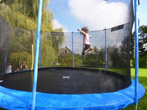 trampoline géant La Barderie
