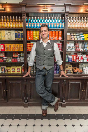 Stan Soldan in his first shop in central Munich. Photo: PomadeShop.