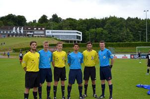Diese sechs Schiedsrichter qualifizierten sich durch gute Leistungen für das Turnier in Malente