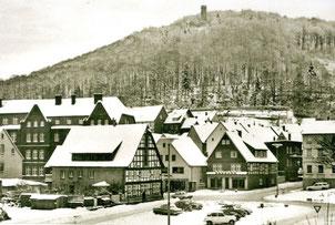 Bilsteinturm mit Marktplatz 1975
