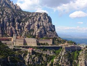 """Экскурсия """"Гора и монастырь Монсеррат"""""""